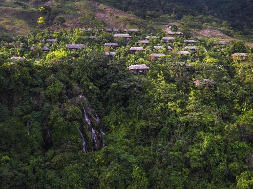 Miền Bắc với những khu nghỉ dưỡng ở giữa rừng cây.